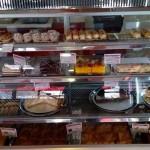 Вкусни торти и сладки изкушения в Панагюрище – Сладкарница Алпина